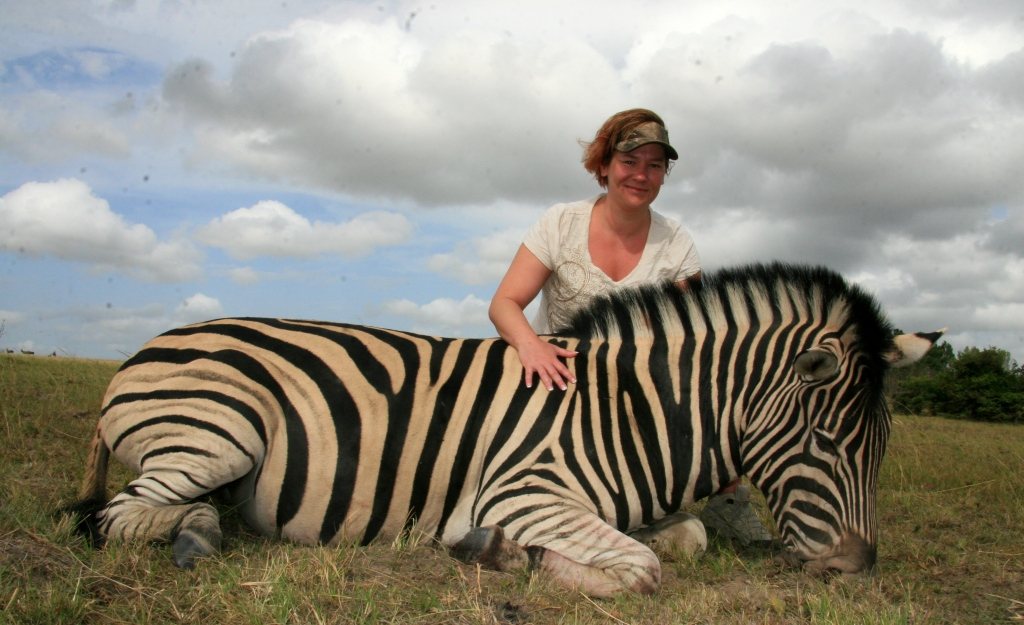"""For Wendy it was the manner whereby Greg delt with her emotions of her first hunting experience. For somebody who started out fairly """"new"""" to hunting at the start of the trip, left Africa feeling a sense of camaraderie - she had joined our family of hunters."""